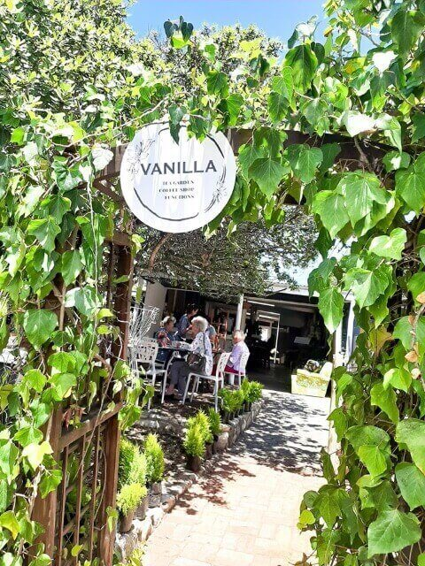 Vanilla Coffee Shop and Tea Garden in Stilbaai